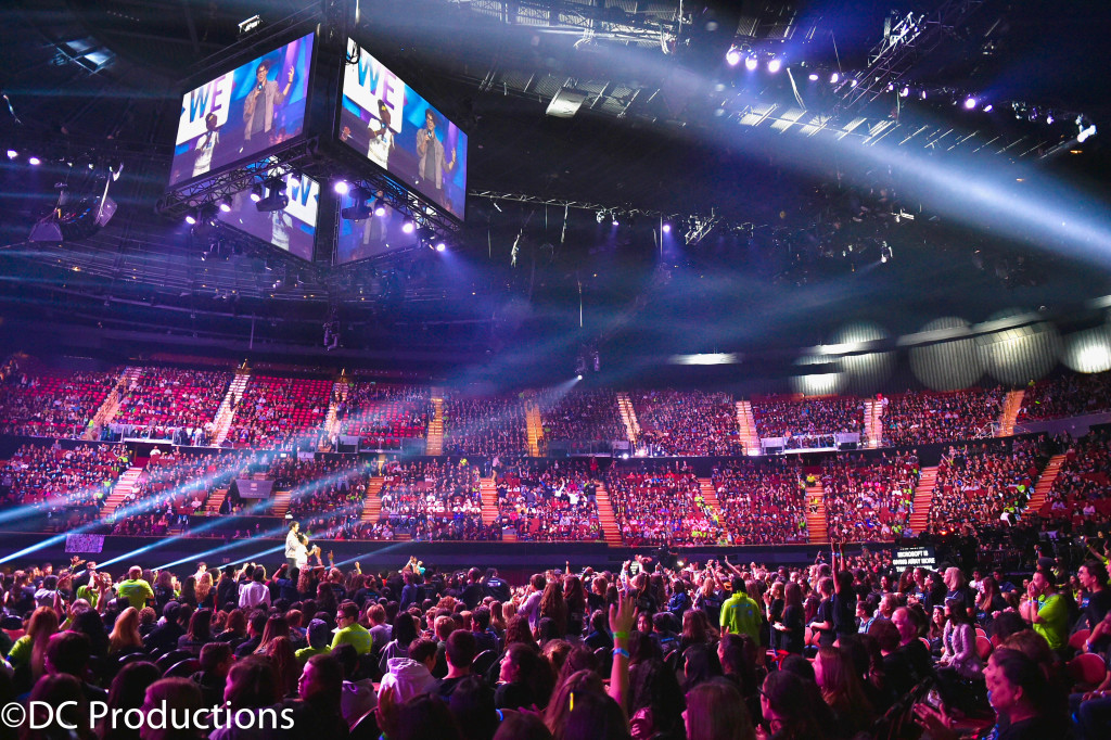 """INGLEWOOD, CA - APRIL 07: General view of audience at WE Day California 2016 at The Forum on April 7, 2016 in Inglewood, California. (Photo by Mike Windle/Getty Images for WE Day )"""